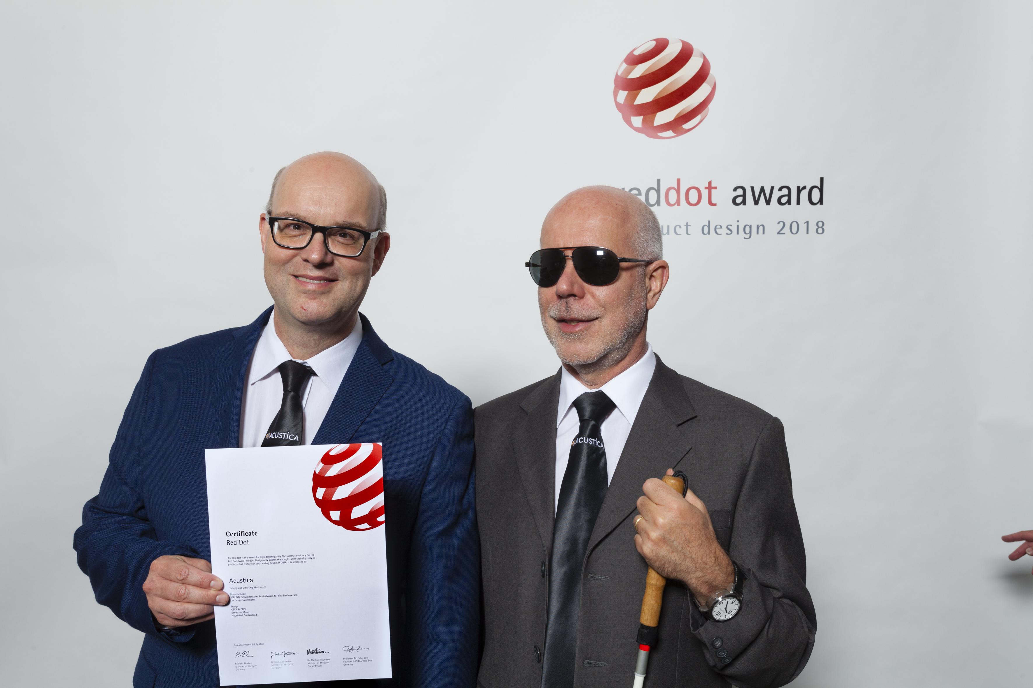 La montre parlante de l'UCBA a reçu le Red Dot Award