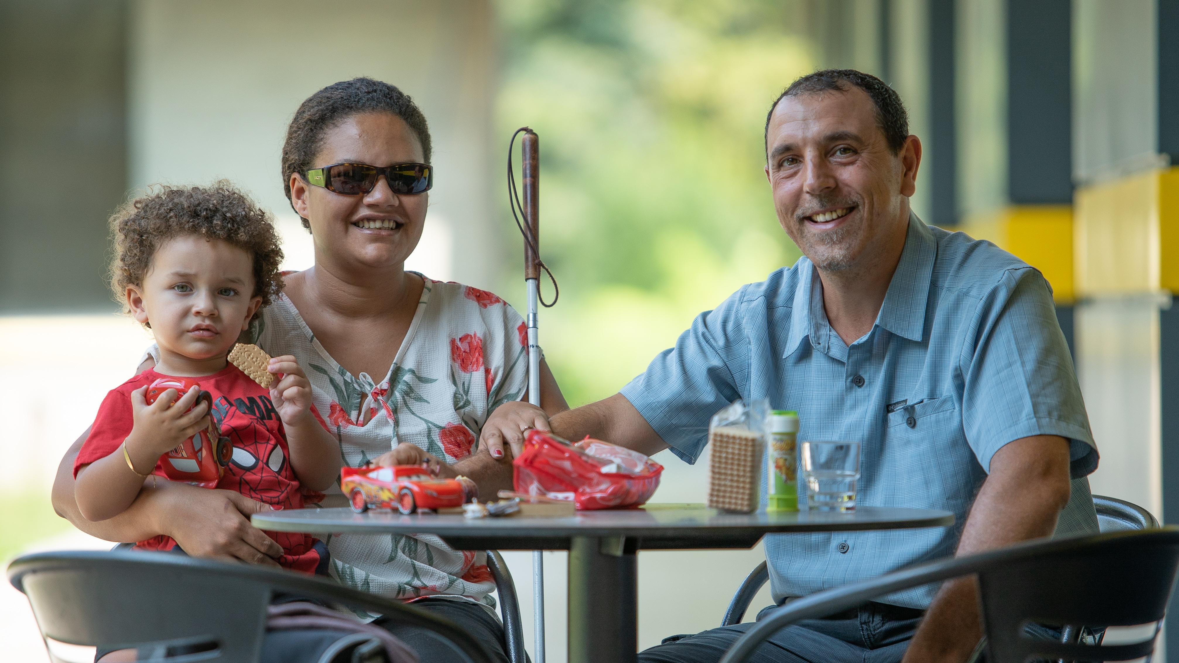 Communiqué de presse de l'UCBA: Handicap visuel et vie de couple / Participants recherchés