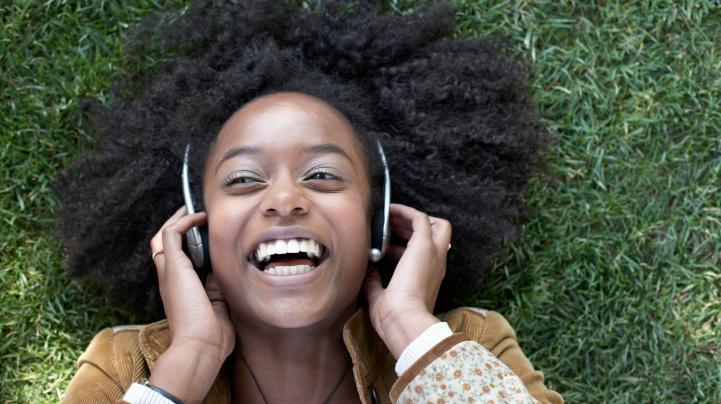Difficile de changer les habitudes d'écoute des jeunes aux lecteurs de musiques portable