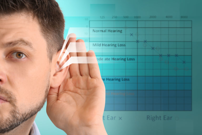 Les Suisses sous-estimeraient-ils leur déficience auditive ?