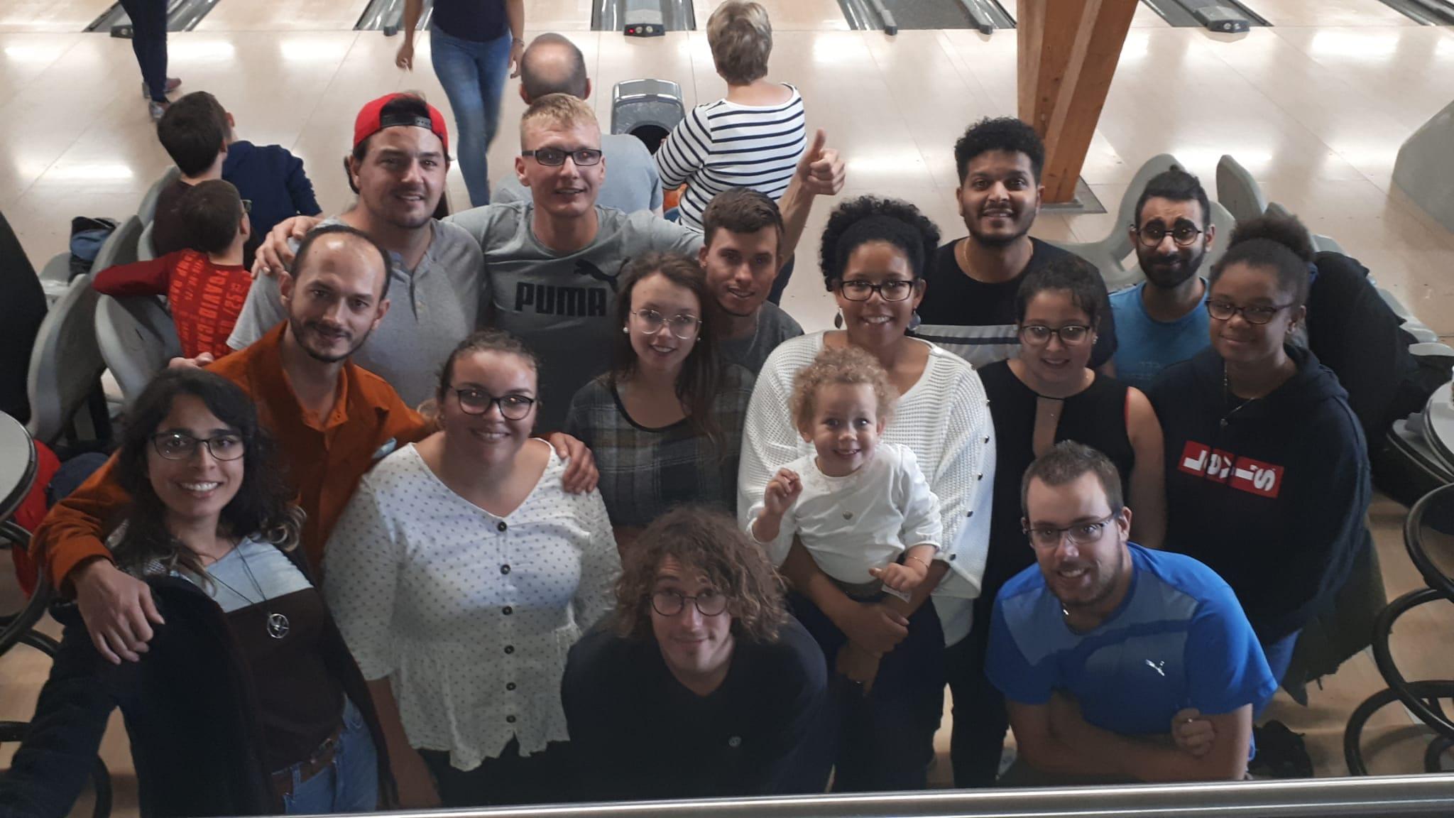 Jeunes malentendants : une belle sortie à Delémont, entre culture et bowling