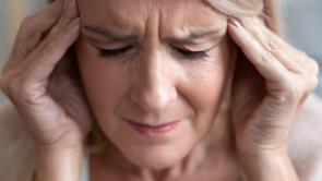 Les acouphènes sont souvent plus sévères avec une déficience auditive